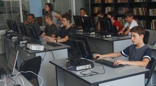 Лятно училище по информатика ИТ Академия АД