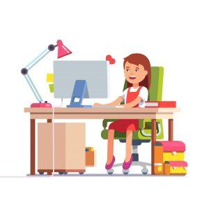 Момиче учи от дома си анимация