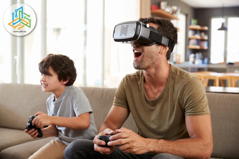 Баша и син играят видеоигри с виртуална реалност